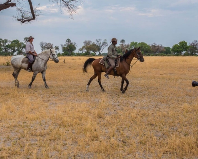 Roger and Pat de la Harpe at African Horseback Safaris