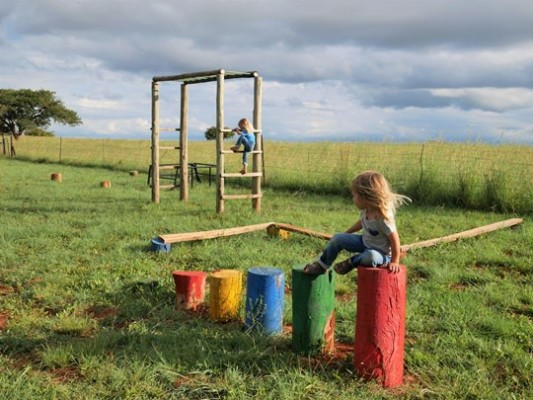 Three-tree-hill-lodge-playground