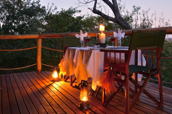 Private dining deck 2