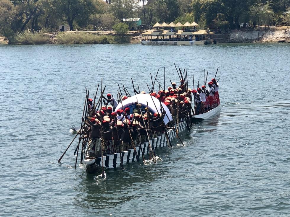 The Oxford University Alumni Rowers visit Tujatane